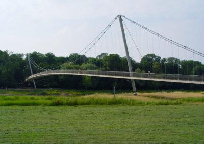 Fußgängerbrücke über die Weser in Minden