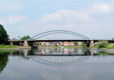 Innenstadtbrücke über die Weser in Minden